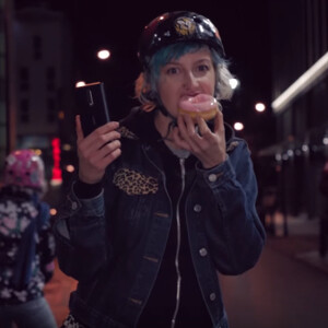 Groovy Nokia 8 ad features doughnuts, glowing roller skates, and Android Pay