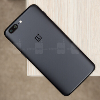 OnePlus 5 gets Face Unlock feature via OxygenOS open beta 3