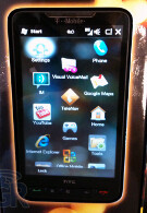 HTC HD2 gets the unboxing treatment