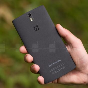 Sandstone OnePlus 5T gets a heartfelt teaser
