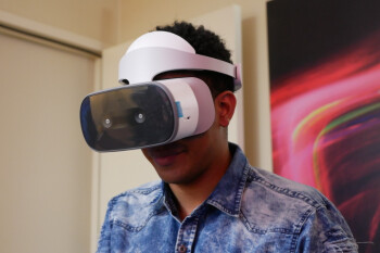 Lenovo Mirage Solo with Daydream Headset hands-on