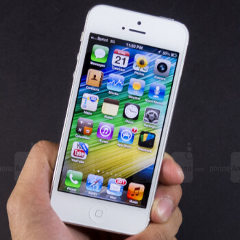 Apple mistakingly makes old iOS versions available, some users hop on and downgrade en masse