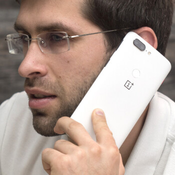 OnePlus 5T Sandstone White: hands-on