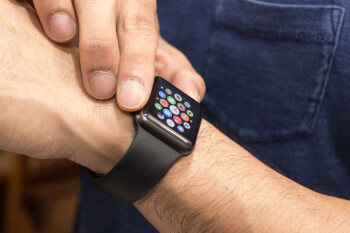 New deals slash prices on Apple Watch and iPad