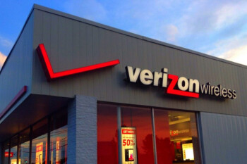 Verizon crushes analysts' expections with 1.17 million net retail postpaid additions during Q4 2017
