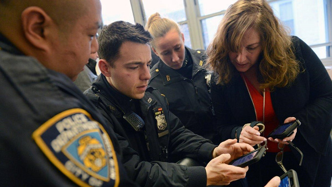 36K NYPD cops start swapping their Lumia handsets for an Apple iPhone 7 or iPhone 7 Plus