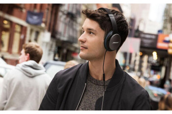 Deal: Bose QuietComfort 25 headphones on sale for 40% off, you save $120