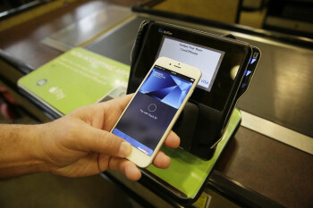 22 more banks and credit unions now support Apple Pay