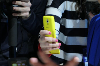 Nokia 8110 4G hands-on: the banana phone is back!