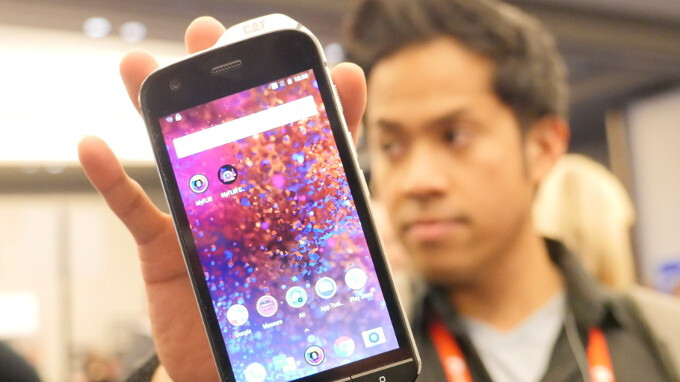 Cat S61 hands-on: this phone shoots lasers and gives you thermal vision
