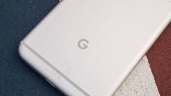 Google Pixel XL may overcharge due to Android 8.1 bug (UPDATE)