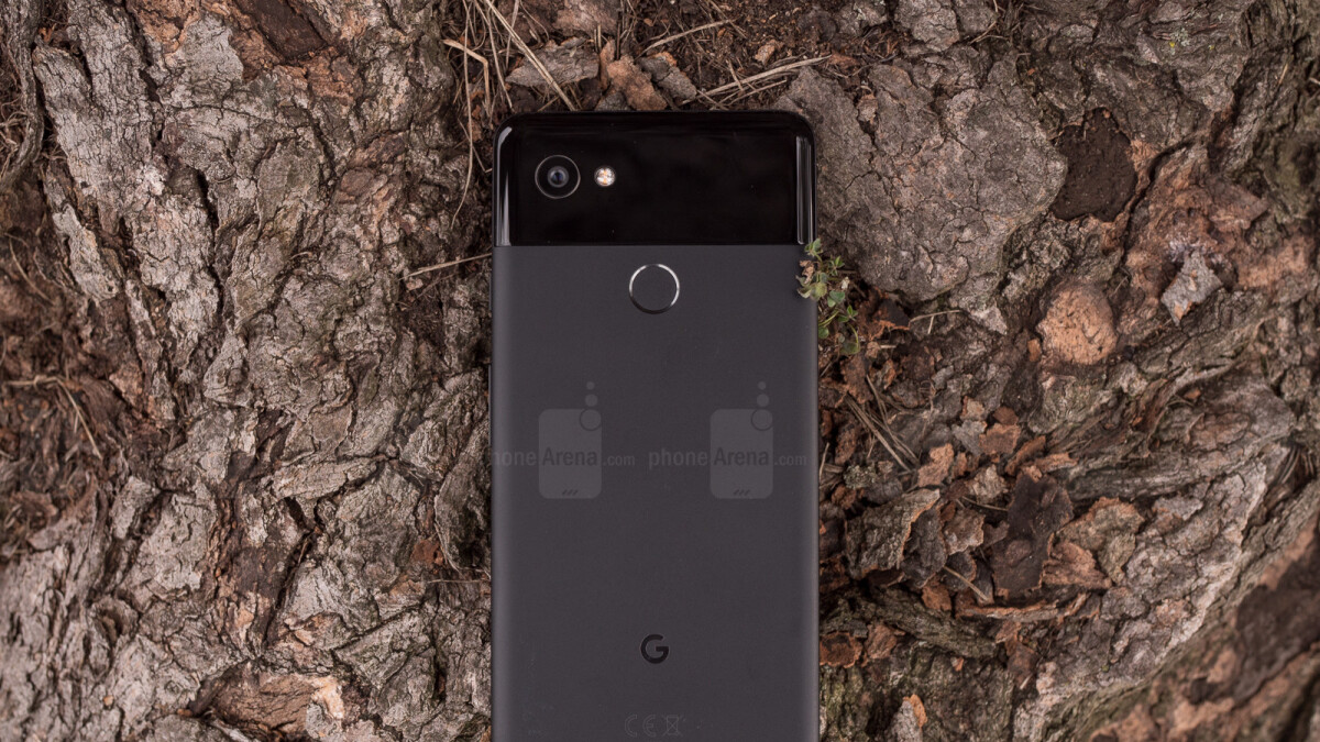 Google Pixel XL may overcharge due to an Android 8.1 bug