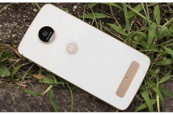 Daily Steals offers major discounts on unlocked Motorola smartphones