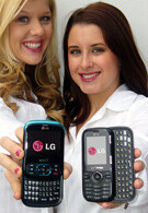 UPDATED: LG messaging sliders for Sprint and Verizon shown at CTIA