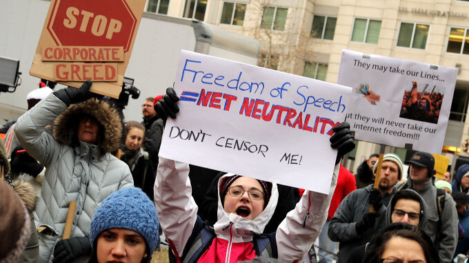 AT&T and Verizon lobbyist could sue states that pass net neutrality laws