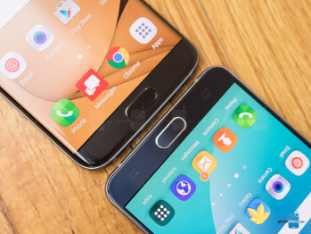 Should Samsung re-introduce flat-screen flagships?