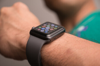 Apple is being sued over the Apple Watch's heart rate monitor