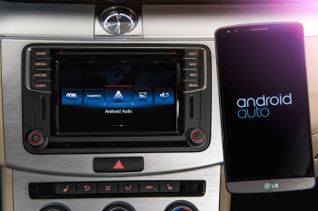 Android Auto and Apple CarPlay expected to drive future auto sales