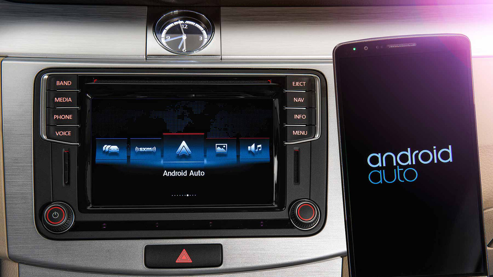 android auto and apple carplay expected to drive future auto sales. Black Bedroom Furniture Sets. Home Design Ideas
