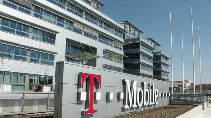 T-Mobile adds low-frequency LTE to hundreds of cell sites