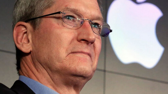 Tim Cook says iOS will not merge with Mac OS