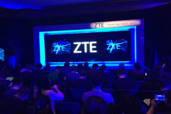 ZTE to fight U.S. export ban, threatens legal action