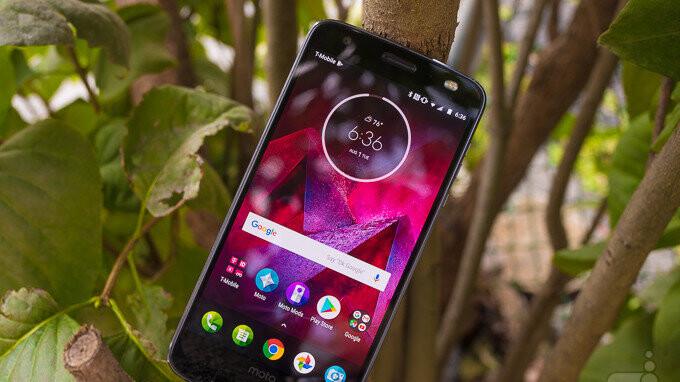 Deal: Save $220 on Motorola's Moto Z2 Force
