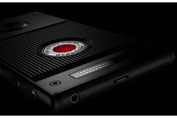 The RED Hydrogen One holographic smartphone just got improved and delayed to August
