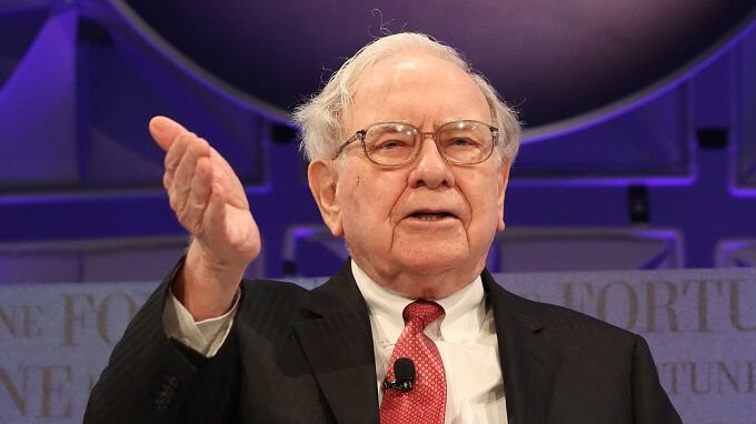 Warren Buffet's holding company bought 75 million shares of Apple during Q1