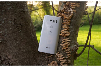 LG V30 is finally getting Android 8.0 Oreo at T-Mobile, but not the easy way