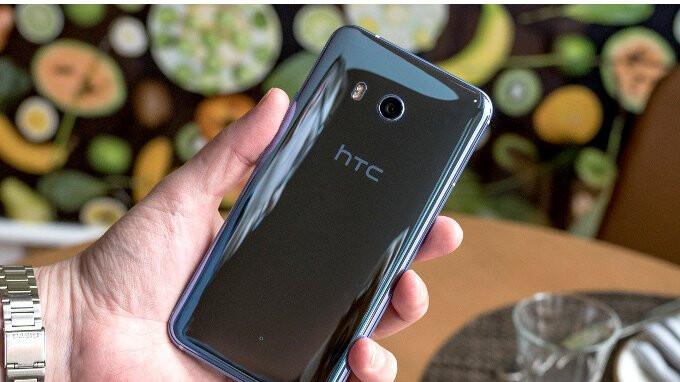 HTC's 2018 sales nosedive as April revenue drops over 55%