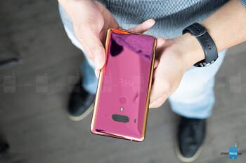HTC reveals why the U12+ skipped wireless charging
