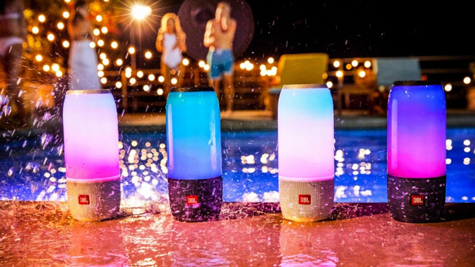 Deal: Save $70 on the JBL Pulse 3 water-resistant Bluetooth speaker
