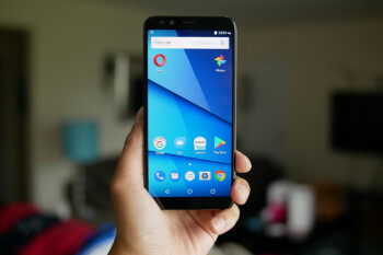 BLU Pure View hands-on