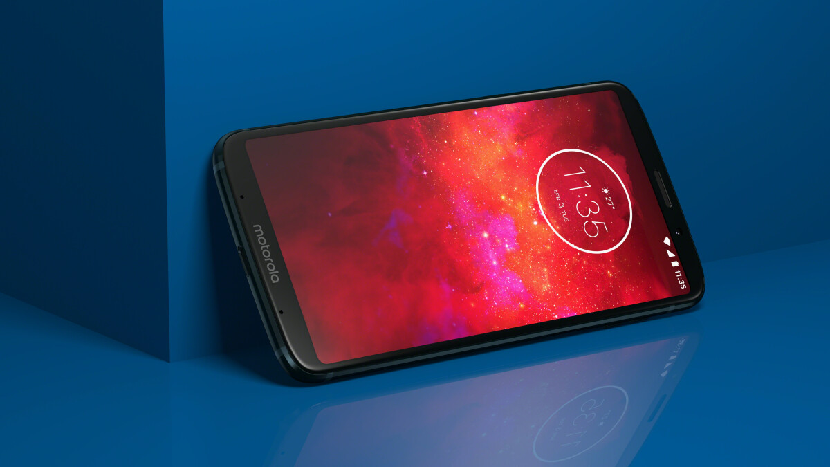 Moto Z3 Play specs comparison versus OnePlus 6 and Galaxy S8: Is it worth $499?