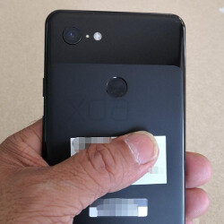 Google Pixel 3 XL prototype appears in more pictures