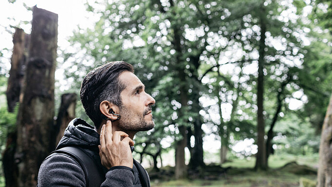 Sony Xperia Ear Duo earbuds make their debut in Europe