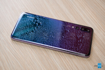 Huawei P20 Pro price dropped by $100 on eBay, only one color left