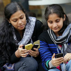 Dogfight expected in emerging markets among smartphone manufacturers