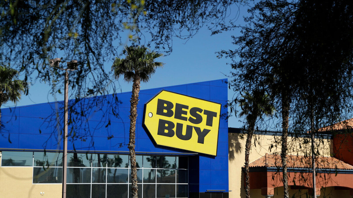 Daring Best Buy heist has thieves rappelling down to snatch $100,000 worth of Apple gear