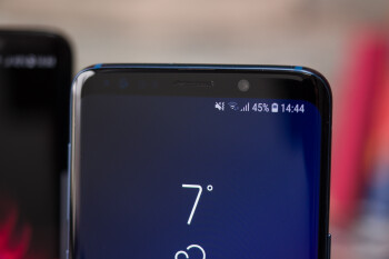 Future Galaxies may boast a bezel-less design and a second display on the rear