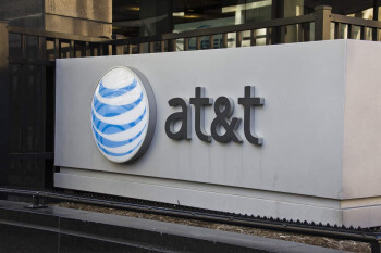 AT&T agrees to pay a $5.25 million fine for nationwide 911 outages