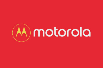 Motorola device with dual cameras and 18:9 display leaks in live images