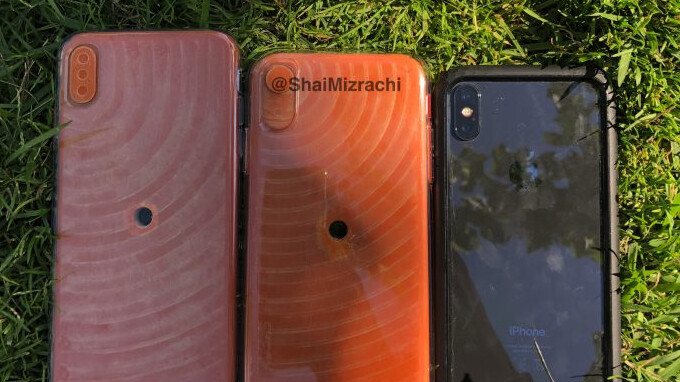 iPhone X Plus and iPhone 9 dummy units shown in hands-on video