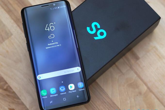 Pick Up The International Unlocked Samsung Galaxy S9 For 575 On Ebay Phonearena