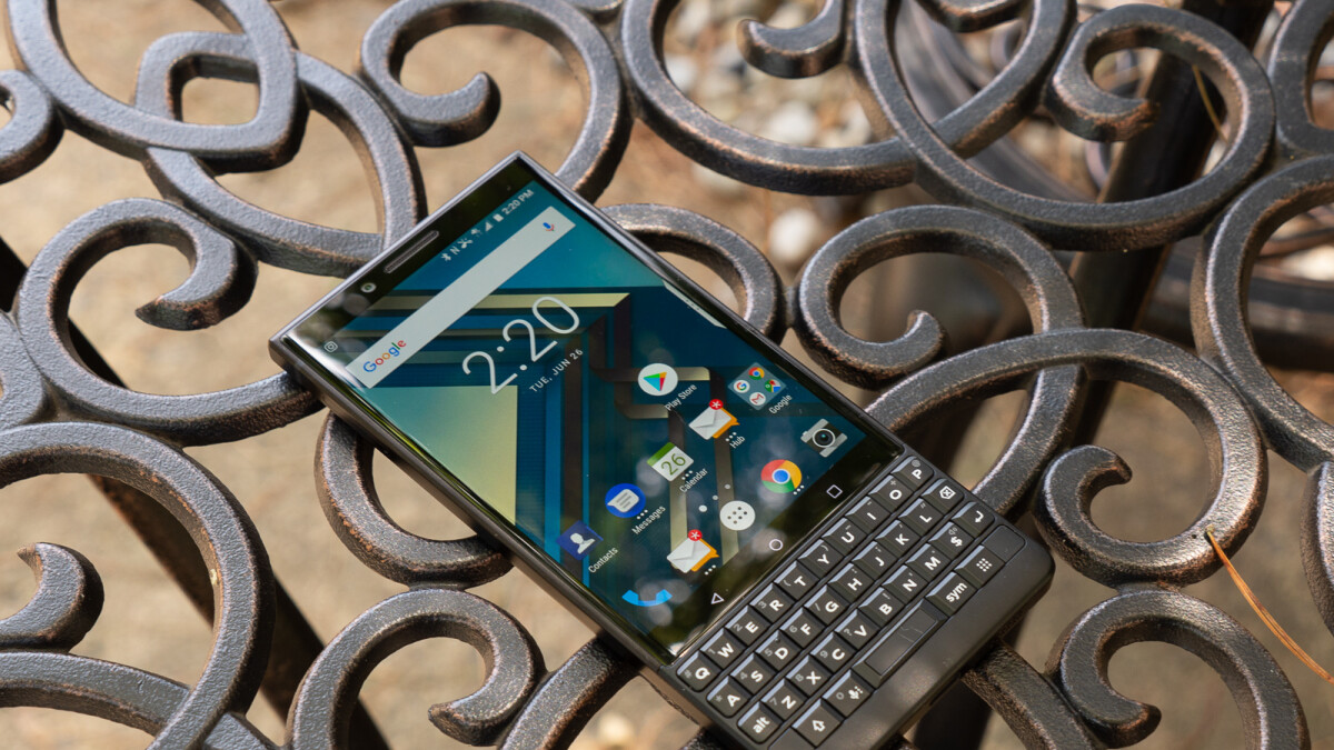 BlackBerry KEY2 Lite, aka Luna, allegedly leaks out, should be cheaper than the regular KEY2