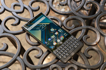 BlackBerry-KEY2-Lite-aka-Luna-allegedly-leaks-out-should-be-cheaper-than-the-regular-KEY2.jpg