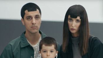 Samsung's anti-iPhone X ads show why it keeps losing to Apple