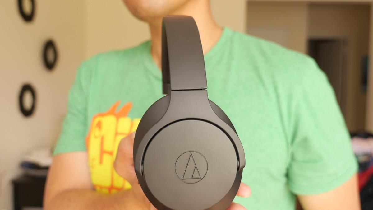 18c1a92e115 Audio-Technica ATH-ANC700BT headphones hands-on: $200 of bass goodness