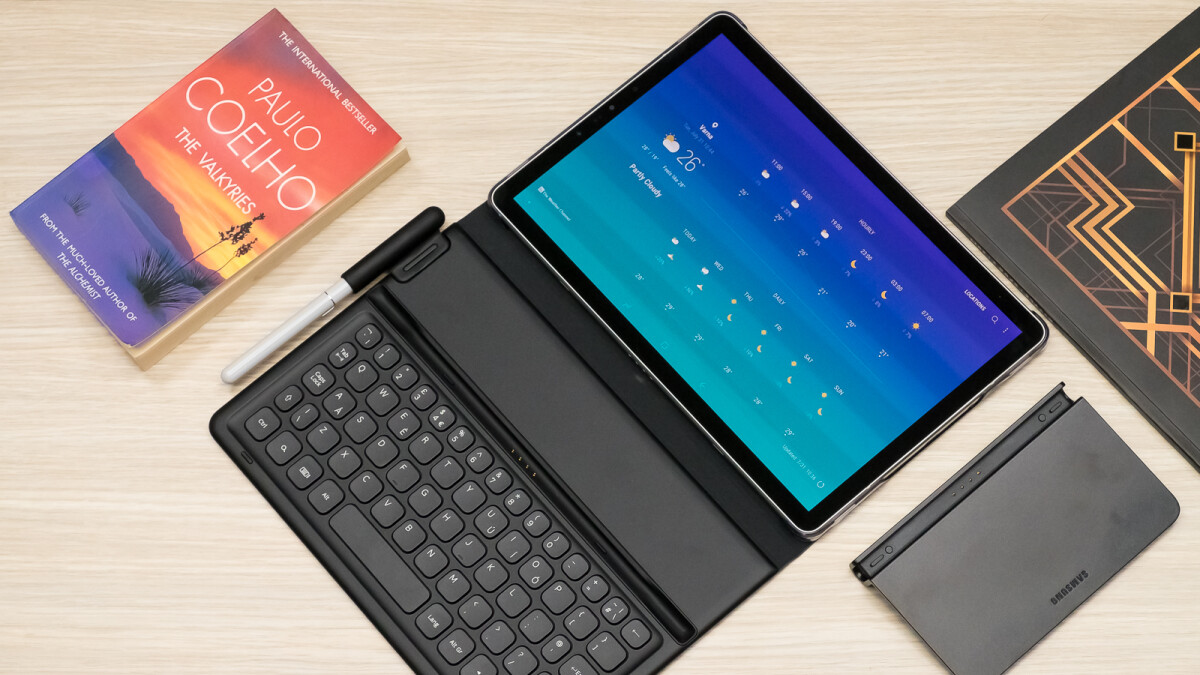We got some hands-on time with the Galaxy Tab S4: a